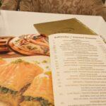 海外旅行で使えるフレーズ  (レストラン)「私は〜にする」